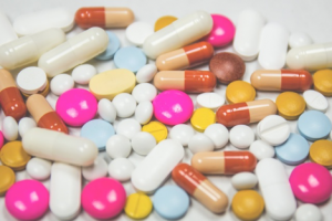 What is the Difference Between Probiotics and Nutraceuticals?